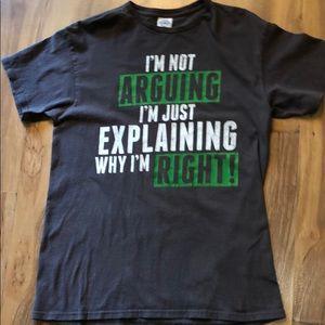 Men's T-Shirt..🏵 Size Medium..